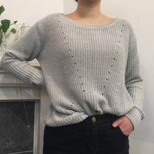 🍬 3/$30 Gray Cable Knit Sweater